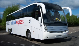 national_express_7102_caetano_levante_fj08_knw_metrocentre_2009_pic_1